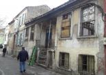Faikpaşa Mahallesi Prof. Dr. Alim Şerif Onaran Sokak No: 12 Metruk Bina Tel Örgü ve Uyarı Levhası Montaj Çalışması