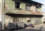 Yenidoğan Mahallesi 2220 Sokak No: 2 Metruk Bina Çevresi Tel Örgü ve Uyarı Levhası Montaj Çalışması