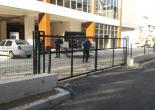 Ulubatlı Mahallesi Toros Pazaryeri Raylı Kapı, Yeşil Tel Çit ve Korkuluk İmalat Montaj Çalışması