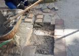 Turgut Reis Mahallesi Dario Moreno Sokak Yol Gövdesinde Zarar Görmüş Kayrak Taşlarını Düzenleme/Onarım Çalışması