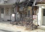 Dolaplıkuyu Mahallesi 744 Sokak No: 94 Metruk Bina Tel Örgü ve Uyarı Levhası Montaj Çalışması