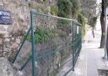 Yeşiltepe Mahallesi Mithatpaşa Caddesi No: 47 İzmir Kız Lisesi Duvarı, Karkaslı Yeşil Çit İmalat, Montaj ve Boya Çalışması