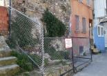 Dolaplıkuyu Mahallesi 747 Sokak No: 7, Metruk Yapı Çevresi Tel Örgü ve Uyarı Levhası Montaj Çalışması