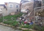 Anadolu Mahallesi Çankaya Caddesi No: 80 Karşısında Yer Alan Boş Arazide Temizlik ve Tel Örgü Montaj Çalışması