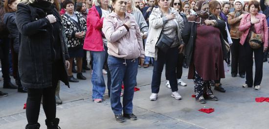 İzmirli Kadınlardan 8 Mart'a 'Flash Mob'lu Anma