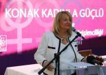 Konak'ta Kadınlar İçin E-Okul Dönemi