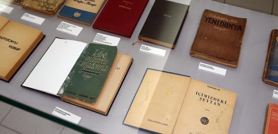 Sabahattin Ali Eserleri Konak'ta Sergiye Çıktı