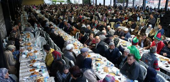 Konak'tan Şaphane'ye Kardeşlik Sofrası