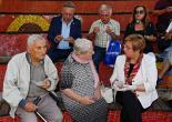 Başkan Pekdaş ve Vekil Bayır birlikte aşure dağıttı